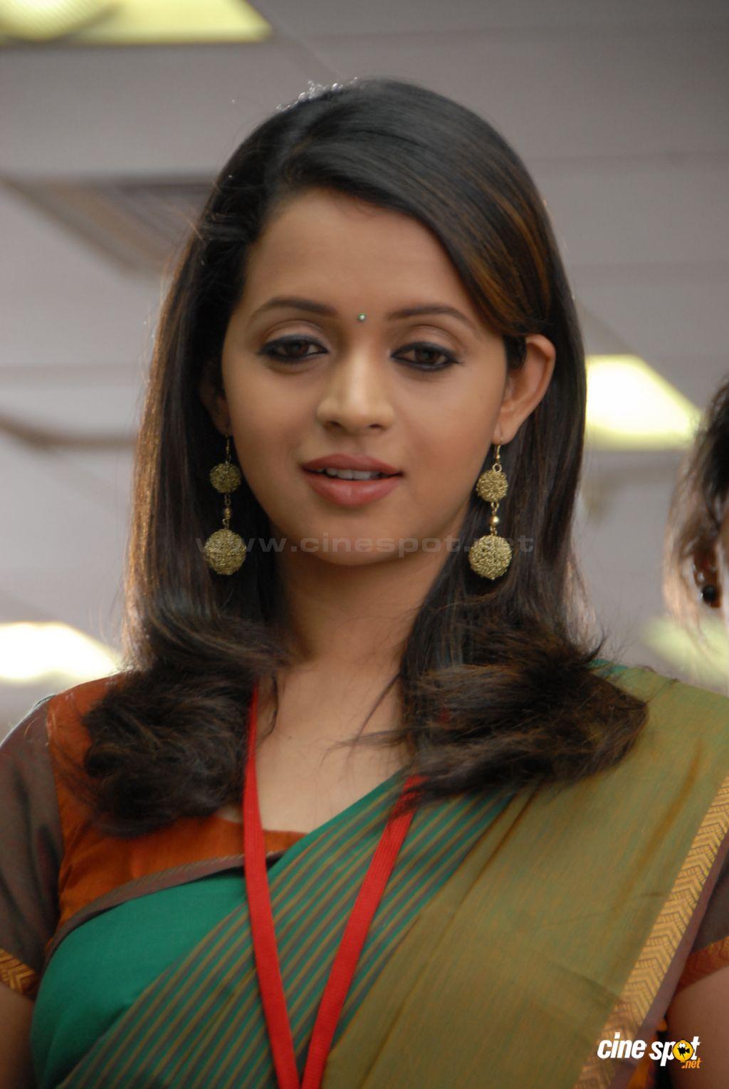 Tamil Thevidiya Aunty Kamakathaikal (என் சின்ன வீடு சித்ரா)