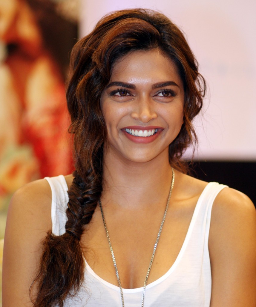 Deepika-padukone-images-Most-Beautiful-Ever-cute-deepika-padukone-857x1024