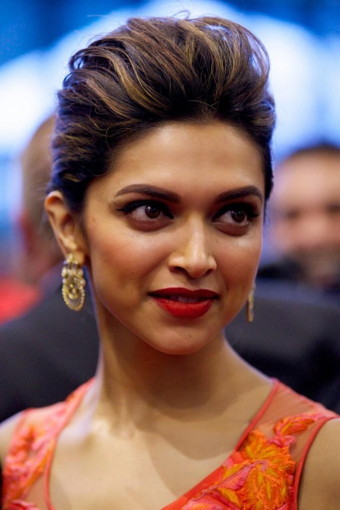 Deepika-padukone-images-Most-Beautiful-Ever-deepika-padukone-latest-pics-682x1024