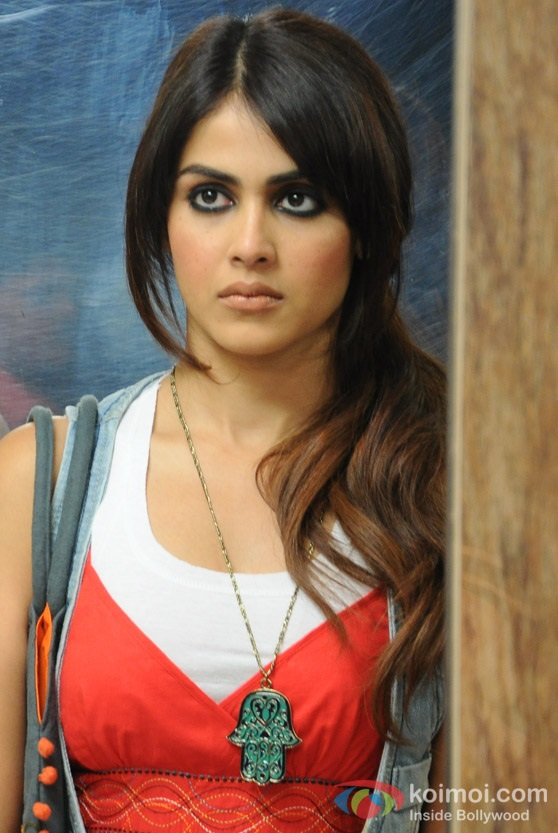 Genelia-d-souza-wallpapers-30-HD-Pics-Genelia-Dsouza-Hot-Force-Movie-Hot-Images-Stills-Gallery-Pictures-Photos