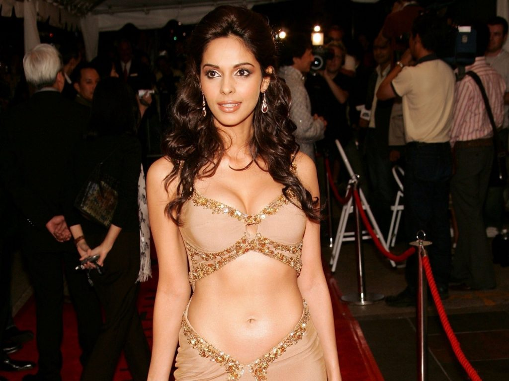 Mallika-sherawat-hot-Wallpaper-collection-Sexy_Mallika_Sherawat_Wallpaper-1024x768