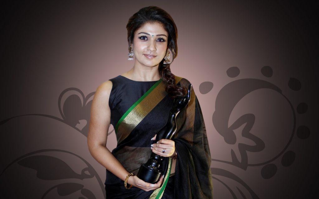 Nayanthara-HD-images-25-Cute-Pictures-Nayantara-Images-in-Saree-with-award-1024x640