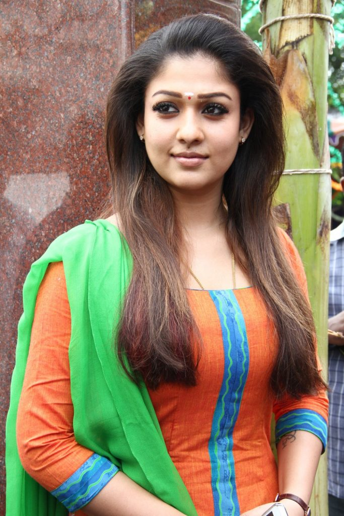 Nayanthara-HD-images-25-Cute-Pictures-cute-nayanthara-wallpapers-683x1024