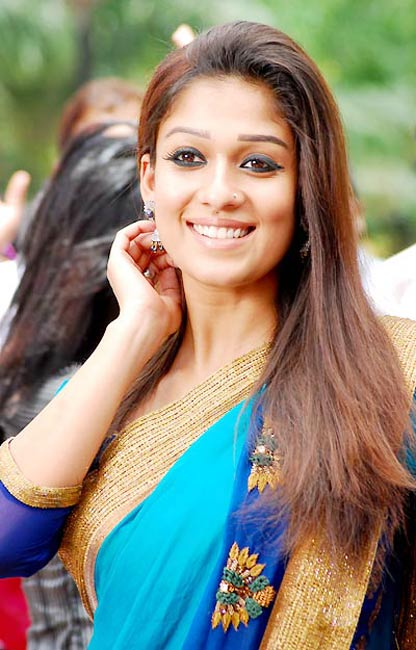 20 Beautiful Makeup Looks To Try In 2016: Nayanthara Photos 20 Most Beautiful Collections