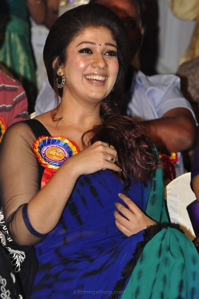 Nayanthara-photos-20-Most-Beautiful-Collections-Nayanthara-New-Stills-At-Nandhi-Awards-680x1024