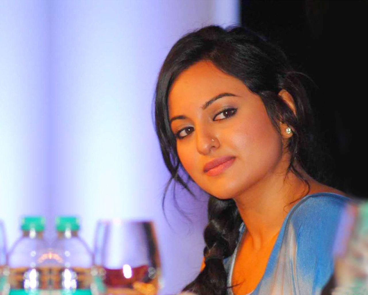 sonakshi sinha photo 30 hd collection