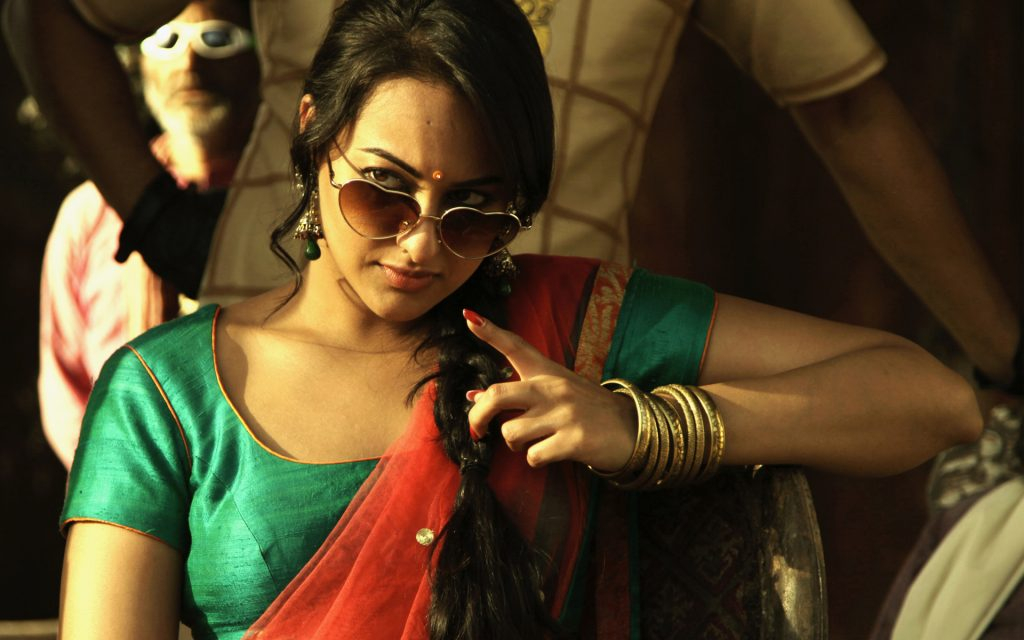 Sonakshi-sinha-photo-30-HD-Collection-sonakshi_sinha_in_joker-wide-1024x640
