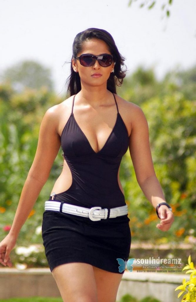 anushka-images-20-HD-Collections-hot-pictures-of-actress-anushka-billa-667x1024