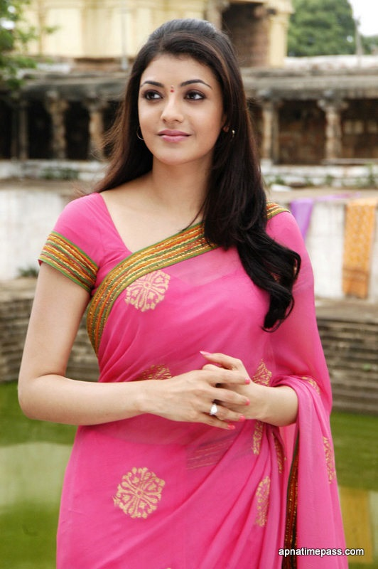 kajal-images-HD-Wallpaper-collection-kajal-agarwal-photos-in-saree