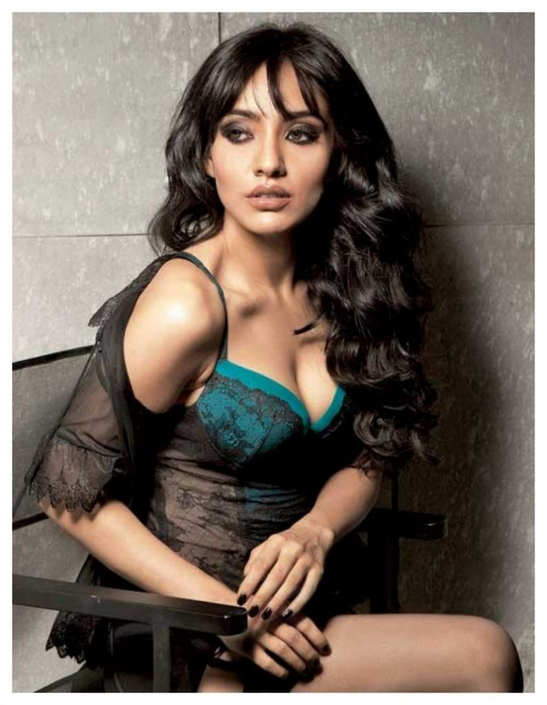 neha-sharma-hot-Wallpapers-HD-Collection-Neha-Sharma-Boob-Photos-Shoot-794x1024