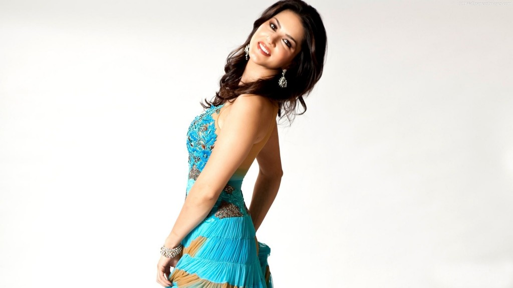 sunny-leone-hd-wallpapers-Sunny-Leone-2015-Images-1024x576