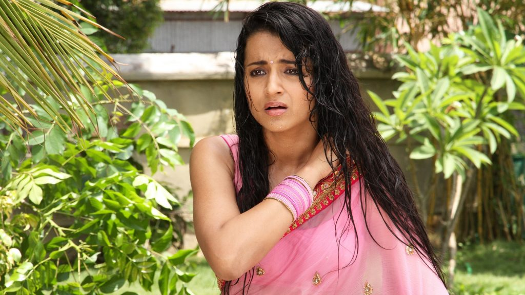trisha-images-15-lovely-Collection-trisha-in-wet-pink-sarre_aranmanai-1024x576