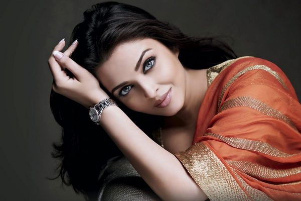 aishwarya-rai-photos10-600x400