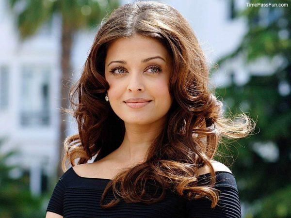 aishwarya-rai-photos5-600x450