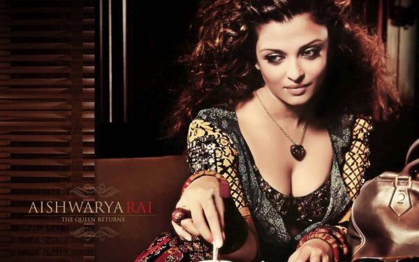 aishwarya-rai-photos9-600x375