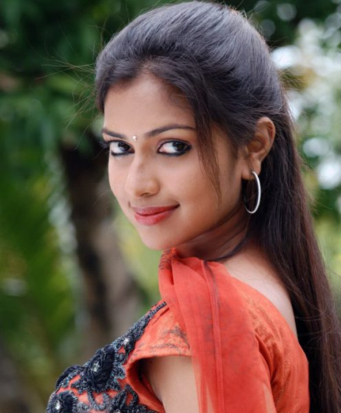 amala-paul-photos4-496x600