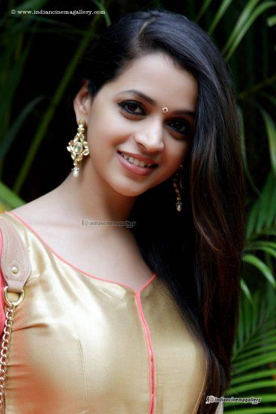 bhavana-photos10-400x600
