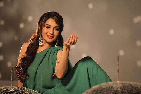 madhuri-dixit-photo5-600x400