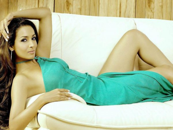 malaika-arora-hot3-600x450
