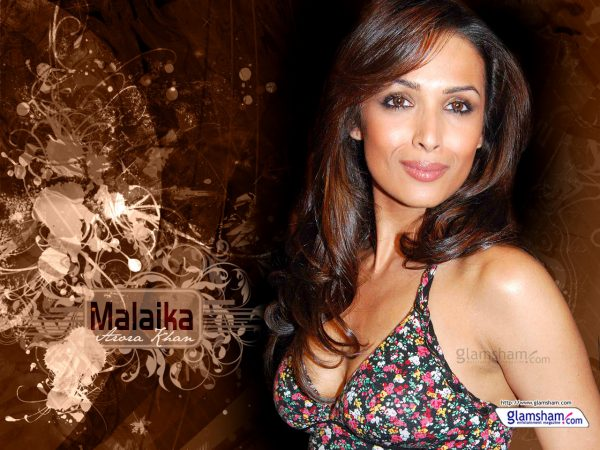 malaika-arora-hot5-600x450