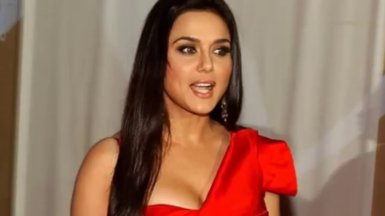 Preity Zinta Hot Hd-5559