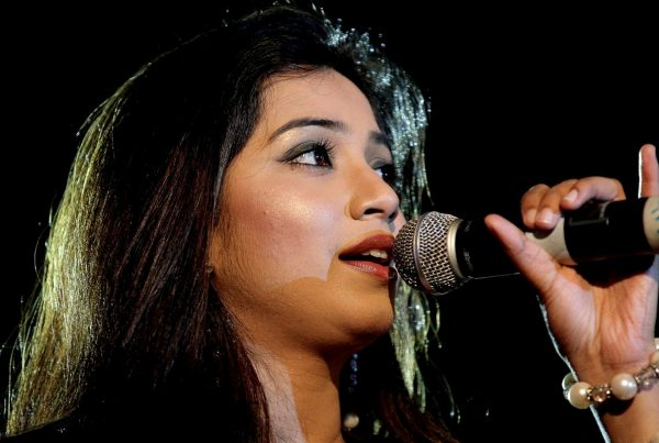 shreya-ghoshal-images8-600x403