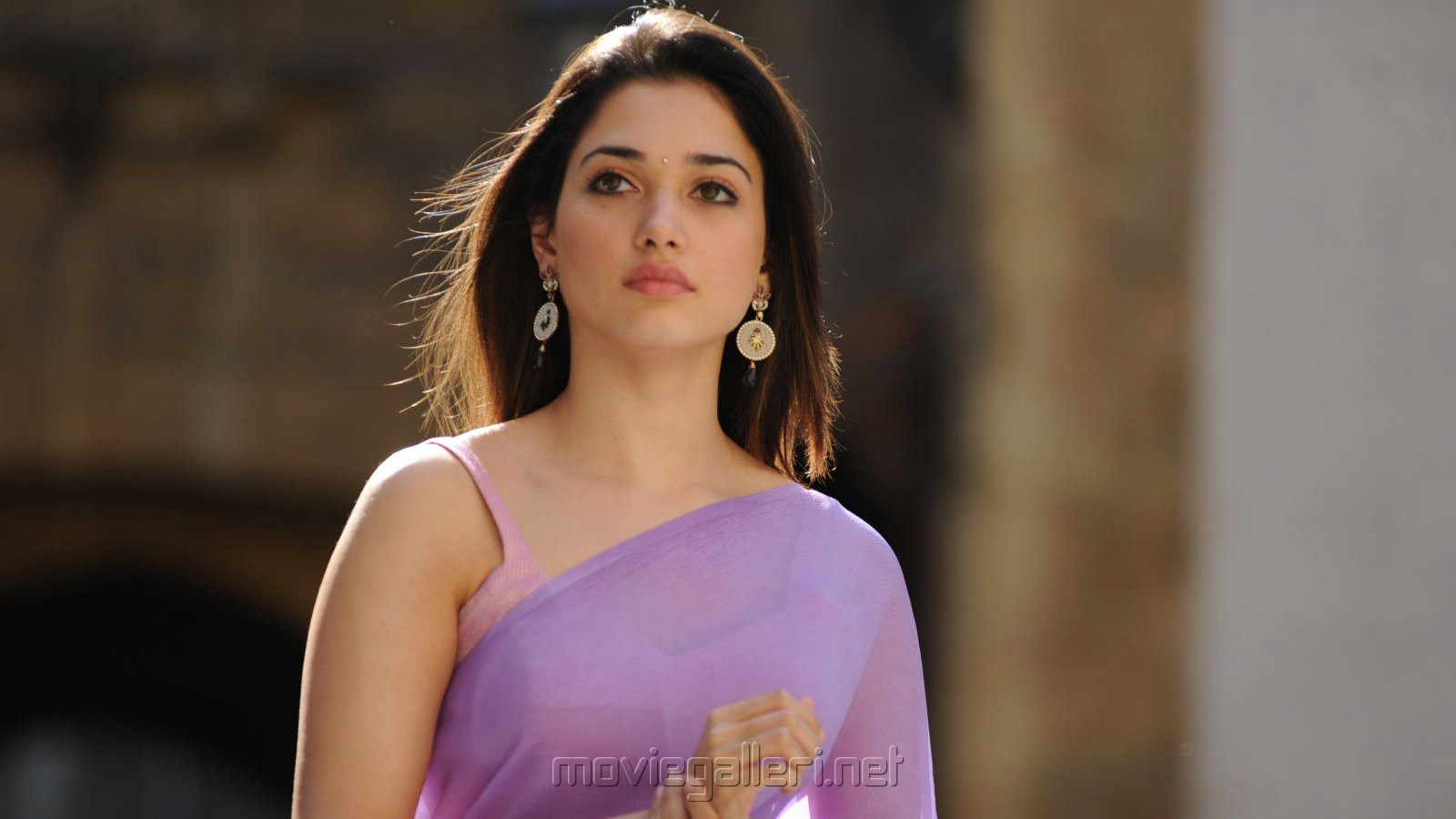 Tamanna Hd Saree Wallpaper: Tamanna Hd Images Download
